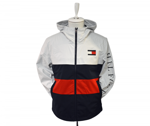 tommy hilfiger ie_7