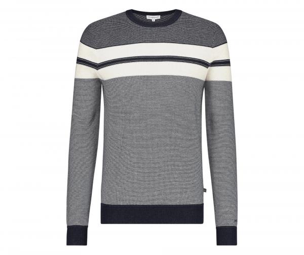 mcg-structured-sweater2